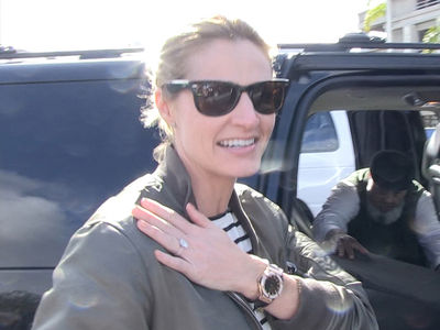 Erin Andrews Almost Ruined Storybook Proposal (VIDEO)