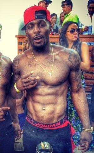 Dez Bryant's Shirtless Shots