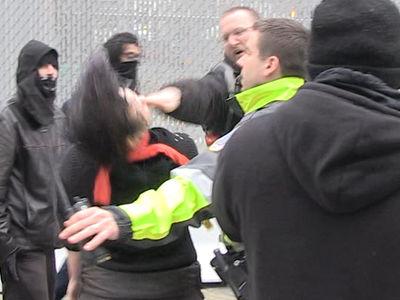 Street Fight Breaks Out Near Inauguration (VIDEO)
