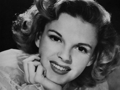 Judy Garland's Body Moved from New York to Hollywood (PHOTO)