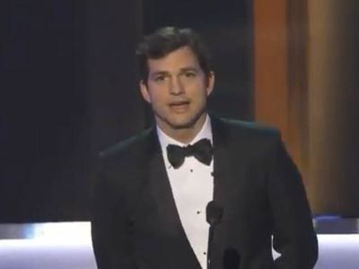 Ashton Kutcher's SAG Award Opening Remarks About 'Muslim Ban'