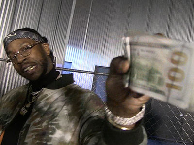 2 Chainz Betting a FORTUNE on the ATL Falcons (VIDEO)