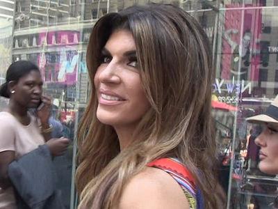 Teresa Giudice Pays Off $414,000 Bill for Fraud Case