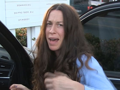 Alanis Morissette's Home Burglarized, $2 Million in Jewelry Stolen