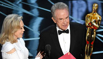 Warren Beatty, Faye Dunaway Fought Over Who Announces Best Picture Winner (VIDEO)