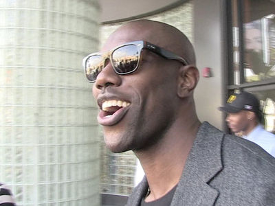 Terrell Owens Takes Oscars Shot -- Maybe I Really DID Make Hall of Fame?!