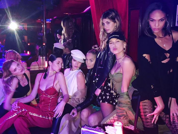 Pink paradise club paris стриптиз