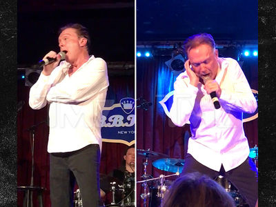 David Cassidy Reveals Health Troubles During Live Concert (VIDEO)