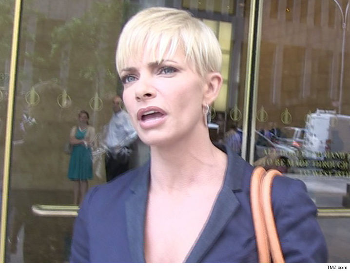 Jaime Pressly Agreed To Settle With Her Ex Accountant Who Allegedly Screwed Her Out Of Almost A Million Dollars For A Lot Less But He Says Shes Now