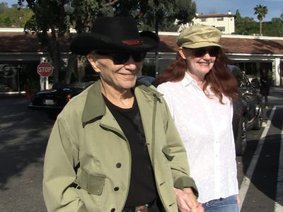 Robert Blake and Fiancee Appear to Have Gotten Married (VIDEO)