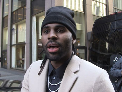 Jason Derulo's Got Your Jacket That Turns into a ... Backpack!!! (VIDEO)