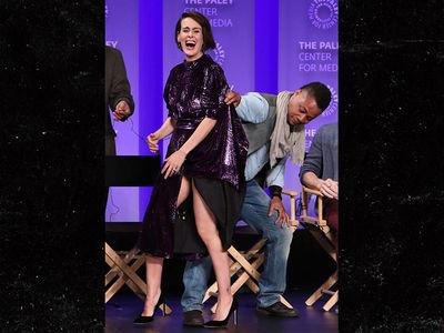 Cuba Gooding Jr. Lifts Sarah Paulson's Dress, She Laughs But Fans Don't (PHOTO + VIDEO)