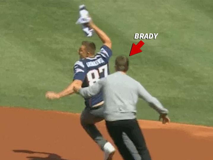 Tom Brady Jersey JACKED BY GRONK ... Brady Exacts Revenge!  f91ad4b48