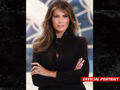 Melania Trump Reporting for First Lady Duty! (PHOTO)