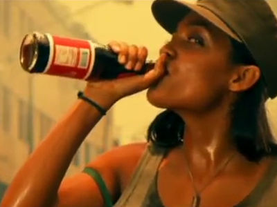 Kendall Jenner, Rosario Dawson Goes After Kendall Pepsi Ad She Once Mocked (VIDEO)