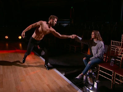 Nick Viall & Vanessa Grimaldi's Steamy Makeout Interrupts 'DWTS' Rehearsal (VIDEO)