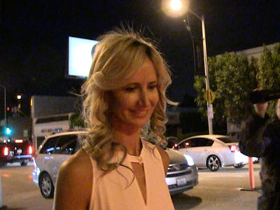 Mel B Alleged 3-Some Lady Victoria Hervey's Hilarious Encounter with Paparazzi (VIDEO)