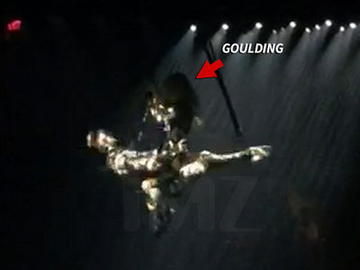 Ellie Goulding Rides Ex-BF in Midair for 'Magic Mike Live' (VIDEO + PHOTOS)