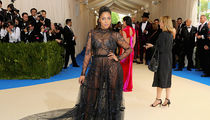 La La Anthony Shows Off Extreme Post Breakup Hotness At Met Gala Without Carmelo (PHOTO)