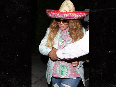 Beyonce Wears Sombrero Leaving Restaurant with Kelly Rowland on Cinco De Mayo