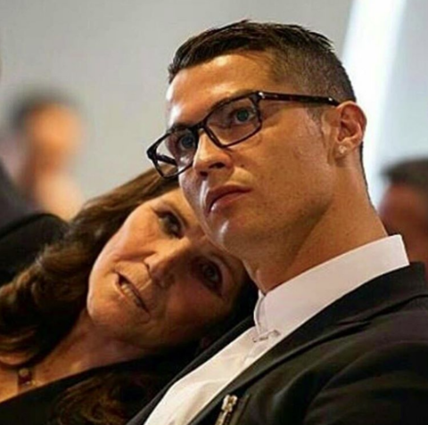 Cristiano shared a cute pic of him and mom.
