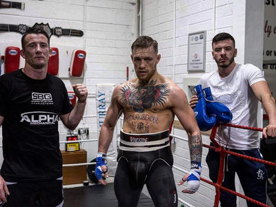 Conor McGregor Ditches MMA Training To Focus On Boxing Floyd Mayweather