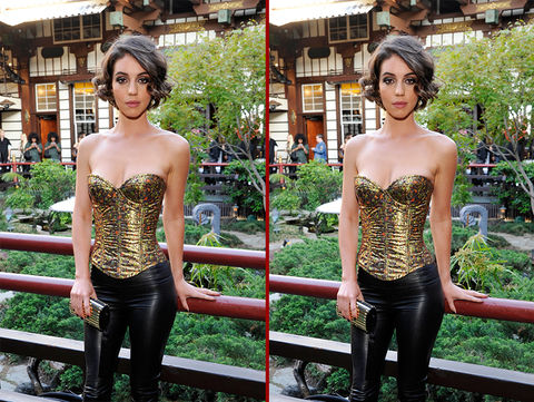 Can you spot the THREE differences in the Adelaide Kane photos?