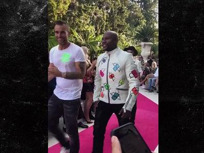 Floyd Mayweather Walks French Fashion Show With Paris Hilton (VIDEO + PHOTO)