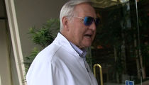 Jerry West On Clippers Rumors: 'I Don't Know What You're Talking About' (VIDEO)