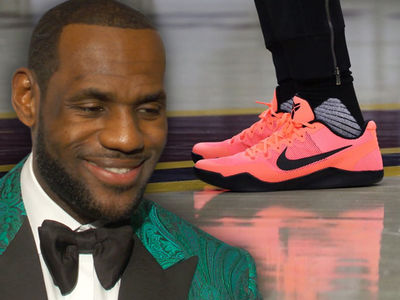 LeBron James Snatches Kobe Bryant's Sole for Cavs Practice