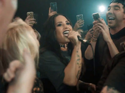 Demi Lovato Performs Paramore's 'Misery Business' A Capella (VIDEO)