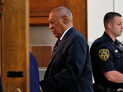 Bill Cosby Lawyers Rest in Sexual Assault Trial and Deliver Closing Argument