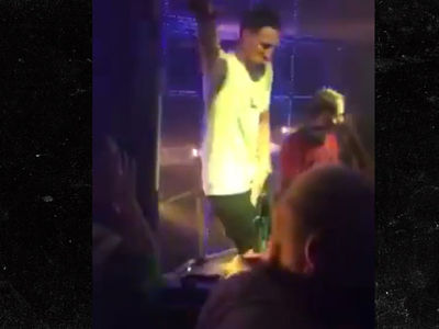 Klay Thompson In 1-Man EDM Dance Party at Chinese Nightclub