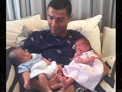 Cristiano Ronaldo Debuts Twin Babies, First Pic!