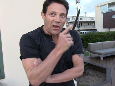 Jordan Belfort says North Koreans Should Assassinate Kim Jong-un