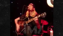 Wes Scantlin Forced to Go Solo When Puddle of Mudd Bandmates Get Stranded