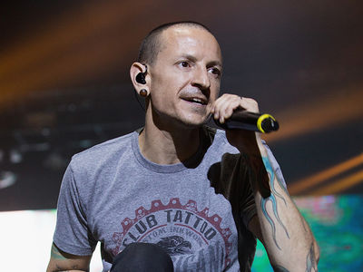 Linkin Park Singer Chester Bennington Dead, Commits Suicide by Hanging (UPDATE)
