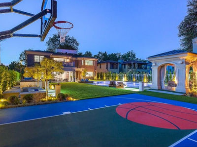 Khloe Kardashian & Tristan Thompson Eyeing $9 Million House With Hoop, Putting Green