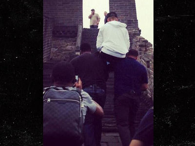Justin Bieber -- I SHALL NOT WALK THE GREAT WALL OF CHINA …. Carry Me, Bitches