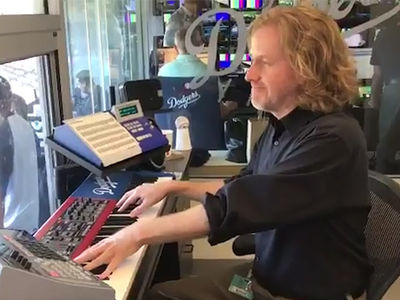 Dodgers Organist Honors Chester Bennington with Linkin Park Tribute