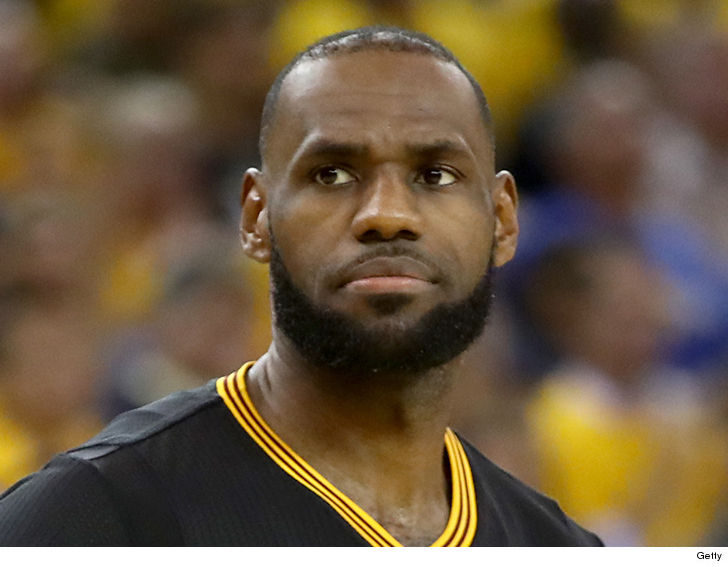 90d42ee5194 LeBron James is channeling his inner Donald Trump -- calling