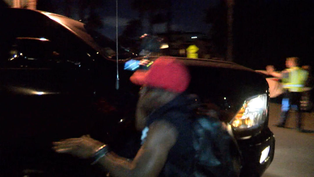 Justin Bieber Accidentally Drives Into, Injures Photographer | TMZ.com
