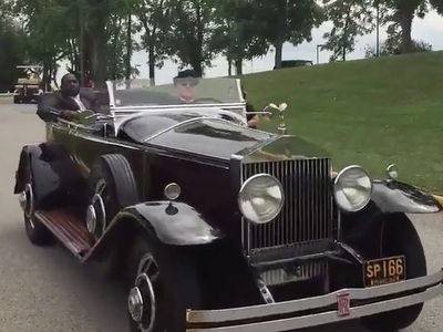 Antonio Brown Arrives at Steelers Training Camp in Classic Rolls-Royce