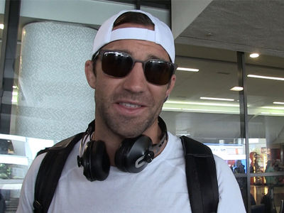 Luke Rockhold: I Don't Date Chick Fighters, 'Too Tough for Me'