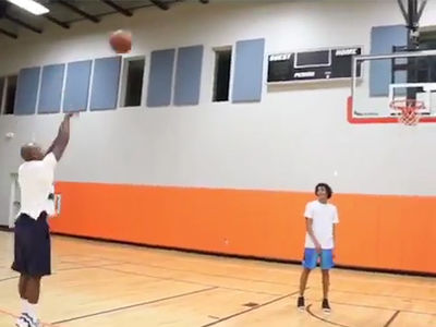 Floyd Mayweather Shows Off His 'Money' Jumper While Shooting Hoops