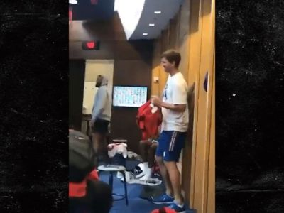 Eli Manning Busts Out Terrible Dance Moves In Locker Room Turn Up