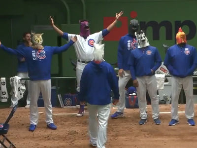 Cubs vs. Diamondbacks: Hilarious Rain Delay Dance-Off!!