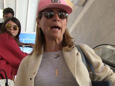 Lori Loughlin Defends Daughter Against Vlogging Car Crash Allegation