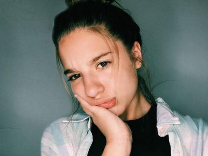 Ex-Dance Moms Star Mackenzie Ziegler Countersues Music -5310