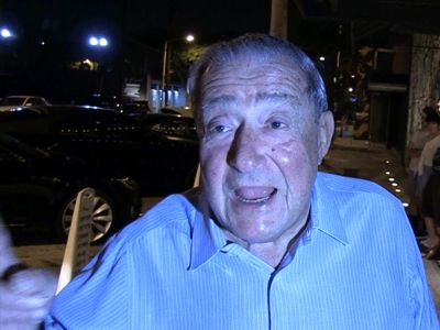 Bob Arum Craps All Over Mayweather, McGregor ... Plop, Plop, Plop